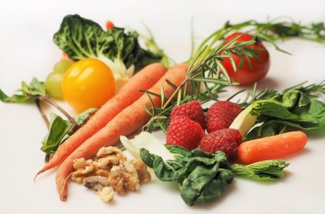 carrot-kale-walnuts-tomatoes-copy